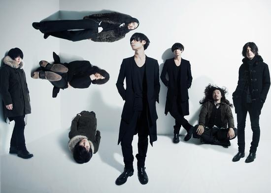 [Champagne]来年1月に両A面シングル『starrrrrrr / 涙がこぼれそう』をリリース