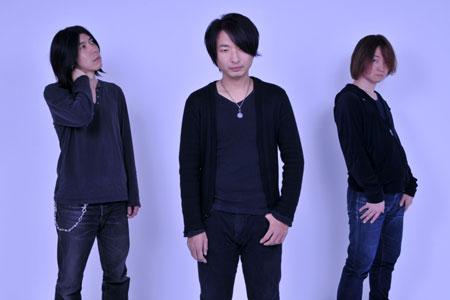 """話題の3ピース""""鬱ロック""""バンドstrange world's end、4/2リリースの1stアルバム『君が死んでも、世界は別に変わらない。』よりリード・トラック「窒息」のMV公開"""