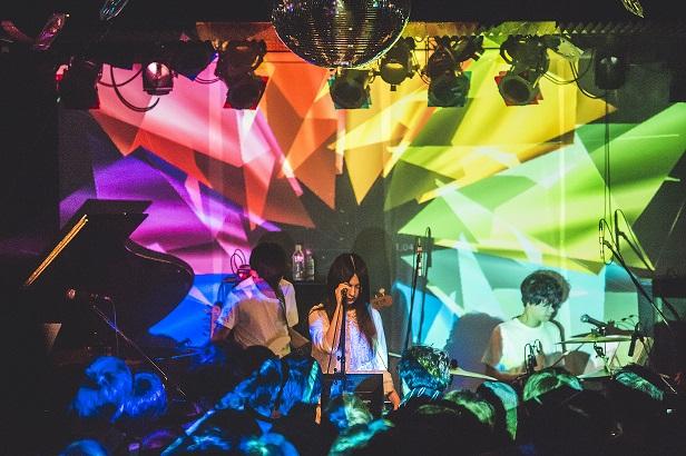 """元School Food Punishmentの蓮尾&山崎、ハイスイノナサの照井らによる新バンド""""siraph""""始動。5/18に1stミニ・アルバムのリリース決定"""