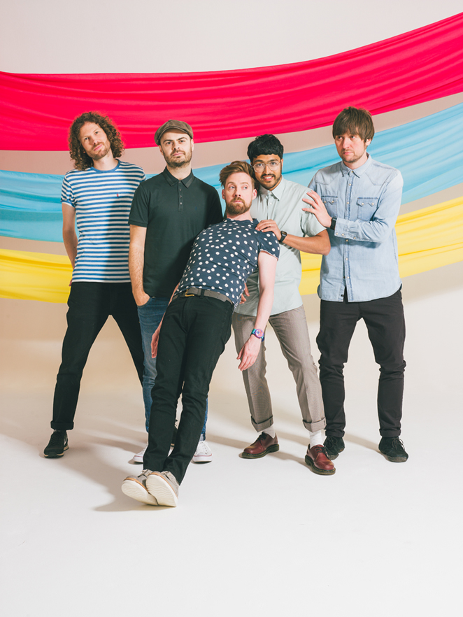 KAISER CHIEFS、10/7リリースのニュー・アルバム『Stay Together』より「Hole In My Soul」の音源公開