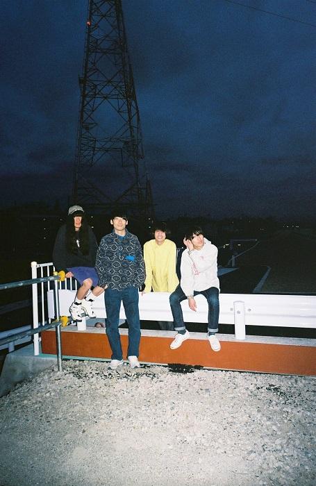 Helsinki Lambda Club、6/7にtetoとのスプリットCD『split』を新レーベルよりリリース決定。新ギタリストに熊谷太起(Group2)が正式加入