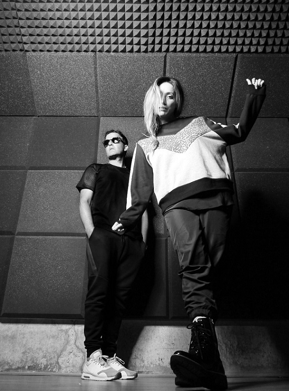 THE TING TINGS、10/26リリースの4年ぶりニュー・アルバム『The Black Light』詳細発表。表題曲のリリック・ビデオ公開も