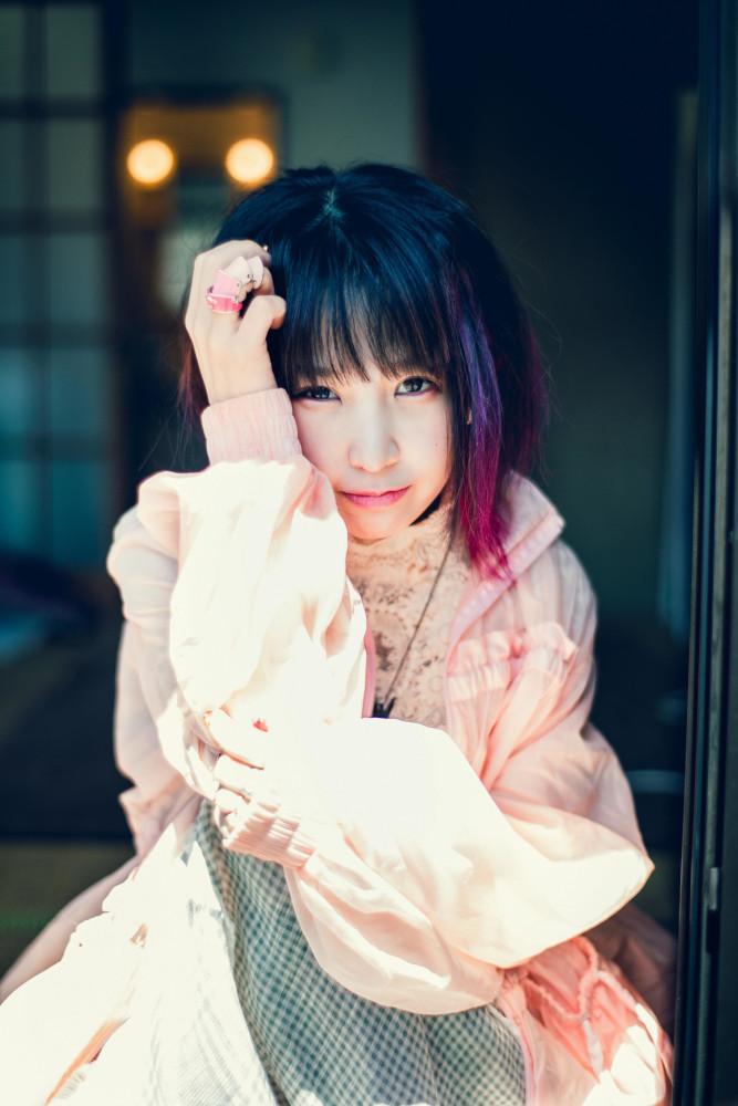 大森靖子、本日6/12リリースのニュー・シングル『Re: Re: Love 大森靖子feat.峯田和伸』BOYZ&GIRL'S盤からライヴ映像2曲公開