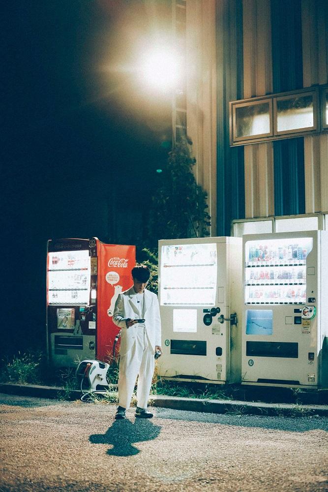 サカナクション、ライヴ映像作品『SAKANAQUARIUM 光 ONLINE』ジャケット・アートワーク発表&スペシャル・サイト開設