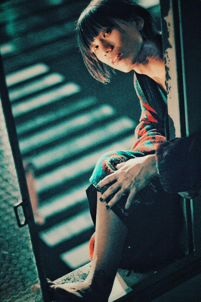 """篠塚将行(それでも世界が続くなら)プロデュース。シンガー・ソングライター""""システム、オール、グリーン""""、1st EP『生涯』&2nd EP『血痕』4/22同時リリース決定。篠塚撮影のMV公開"""