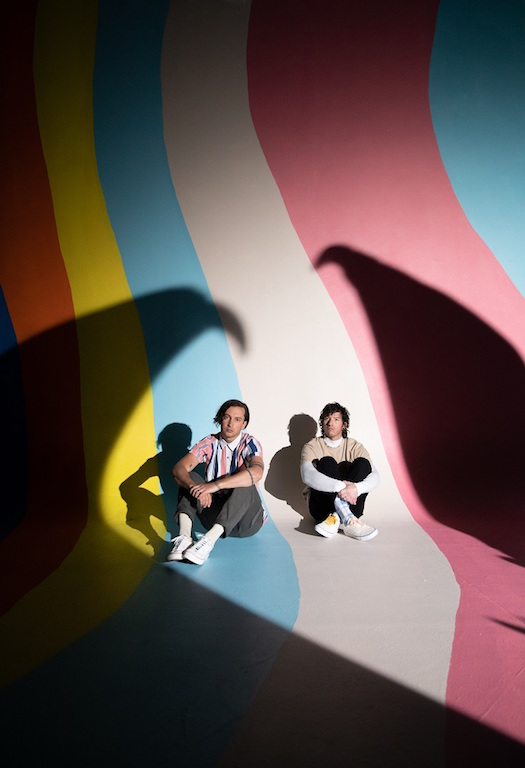 TWENTY ONE PILOTS、3年ぶりニュー・アルバム『Scaled And Icy』より第2弾シングル「Choker」配信&MV公開