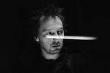 SQUAREPUSHER、最新アルバム『Damogen Furies』より360°パノラマMV「Stor Eiglass」公開。明後日5/15に恵比寿で行う来日公演の会場に全方位バーチャル・リアリティ体験ブース設置決定