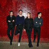 フジロックで来日するTHE VACCINES、3rdアルバム『English Graffiti』収録曲3曲のライヴ映像公開