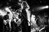 京都発5人組ロック・バンド Tequeolo Caliqueolo、初の全国流通盤ミニ・アルバム『S.O.S』を9/16にリリース決定。夜の本気ダンスの米田貴紀(Gt/Vo)よりコメントも到着