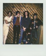 THE STROKES、3年ぶりとなる新曲を収録したニューEP『Future Present Past EP』を6/3に急遽リリース決定