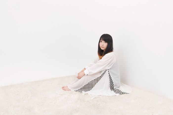 女性シンガー・ソングライター Cettia、本日リリースの2ndミニ・アルバム『HIDE and SEEK』より初の全編英詞「Brother」のMV公開。レコ発東名阪の出演者も発表