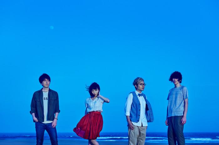 多くのアニメ主題歌を手掛けるfhána、8/3リリースのニュー・シングル『calling』の詳細発表。最新ヴィジュアルも公開