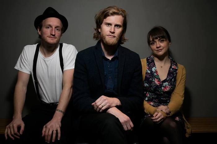 デンヴァー出身3人組フォーク・ロック・バンド THE LUMINEERS、来年4/10に赤坂BLITZにて一夜限りの来日公演を開催
