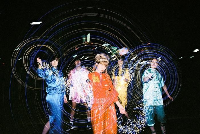 """異色""""ガールズ?バンド""""ぽわん、新メンバーに""""ミノリンチーノ(Key)""""の加入を発表。12/14にニュー・アルバム『98%J-POP』リリース&ツアー開催決定"""