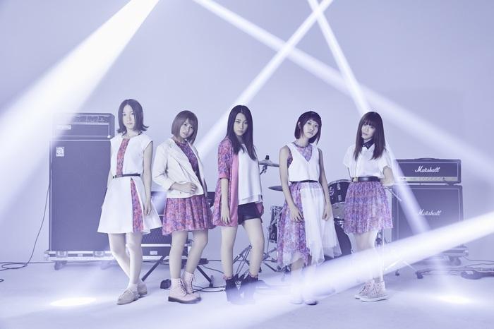 愛知岡崎発の5人組ガールズ・ロック・バンド Split BoB、1/11にリリースするニュー・ミニ・アルバム『オヒレフシメ』のジャケット写真公開