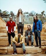 INCUBUS、4月リリースのニュー・アルバム『8』より「Glitterbomb」のリリック・ビデオ公開