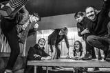 ベテランUKロック・バンド BRITISH SEA POWER、4/19に4年ぶりとなるニュー・アルバム『Let The Dancers Inherit The Party』リリース決定