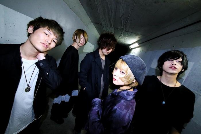 神戸出身の男女混合5人組バンド CRAWLICK、クラウドファンディングによるMV制作プロジェクト始動