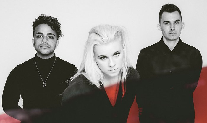 PVRIS、8月にニュー・アルバム『All We Know Of Heaven, All We Need Of Hell』リリース決定。新曲「Heaven」のMV公開