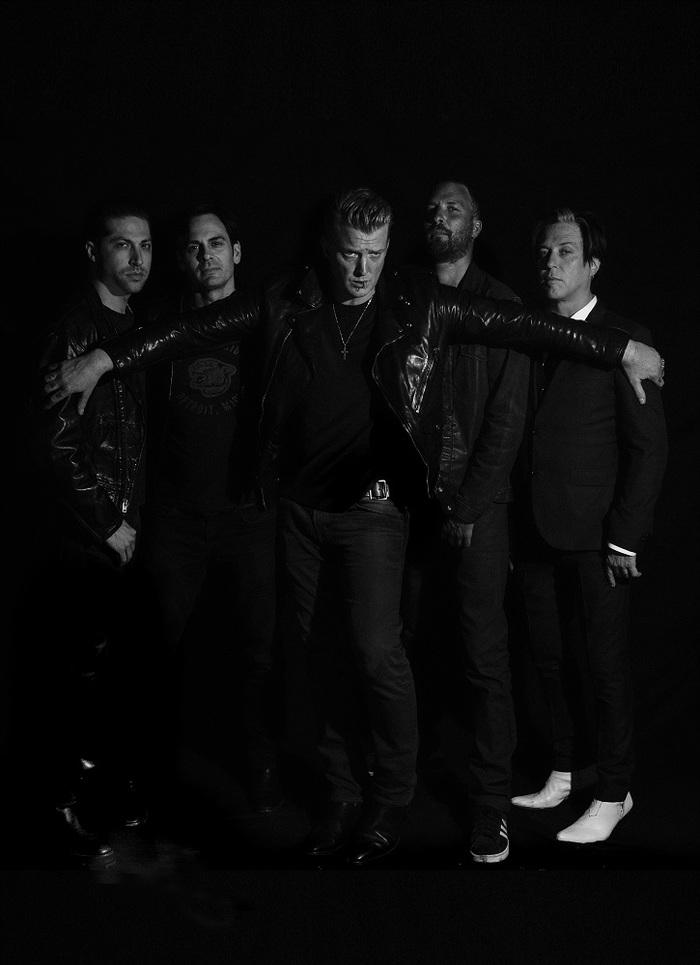 フジロックで来日するQUEENS OF THE STONE AGE、4年ぶりとなるニュー・アルバム『Villains』を8/25に世界同時リリース決定