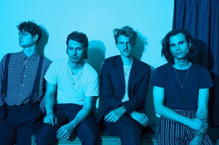 来年1月に来日するFOSTER THE PEOPLE、ニュー・アルバム『Sacred Hearts Club』より「Sit Next To Me」のMV公開