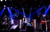 BLUE ENCOUNT、今夜AbemaTVにてニュー・シングル表題曲「VS」含む3曲を豪華パフォーマンス。制作秘話も語る