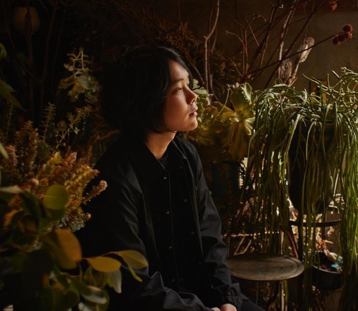 """元Galileo Galileiのフロントマン 尾崎雄貴によるソロ・プロジェクト""""warbear""""、1stアルバムより「Lights」MV公開"""