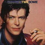 David Bowie、入手困難のベスト・アルバム『Changestwobowie(邦題:美しき魂の告白 ベスト・オブ・デヴィッド・ボウイ2)』約35年の時を経て再びオフィシャル・リリース決定