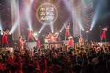 キノコホテル、創業10周年のすべてを披露する曲被りなし3デイズ公演&全国ツアー開催決定