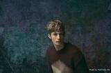 "KYTEのフロントマンNick Moon、ニュー・アルバム『Circus Love』より「Something」配信開始&MV公開。""DIET BUTCHER SLIM SKIN""メイン・モデルに決定も"