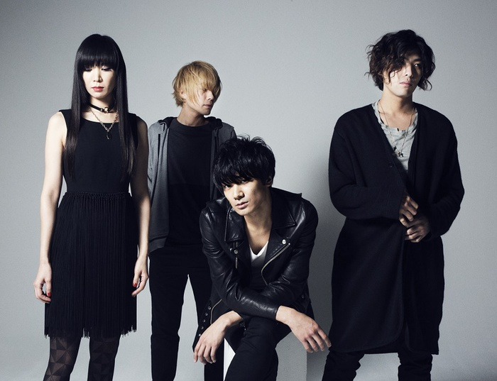 "a flood of circle、全国ツアー""a flood of circle TOUR -Here Is My Freedom-""ゲストにバズマザーズら決定"