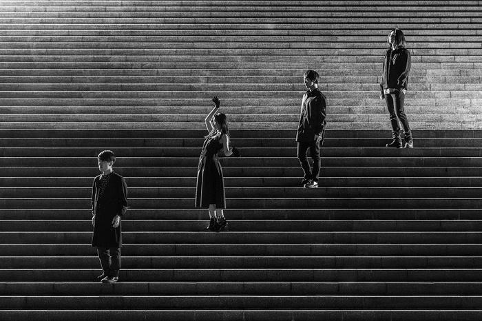 パスピエ、明日4/4リリースのミニ・アルバムより表題曲「ネオンと虎」MV公開