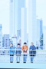 """BLUE ENCOUNT、ファッション・ウォッチ・ブランド""""WIRED""""とのコラボMV「コンパス」公開。""""タイムラプス""""で東京の空を縦横無尽に駆け巡る"""