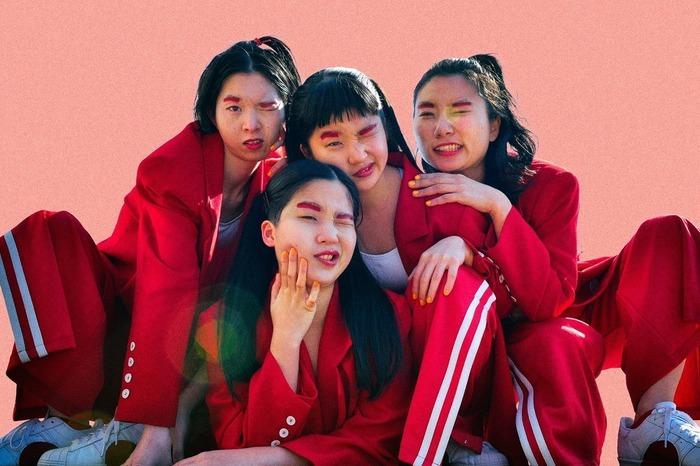 "CHAI、5/19放送のTBS系""CDTV""にて新曲「フューチャー」披露"