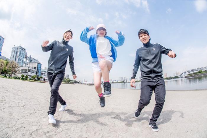 """ラップを武器に持つ男女混成3ピース 3SET-BOB、9/25に""""BOBLAND""""プロジェクト第2弾""""BOBLAND -シモキタでカマセ!編-""""開催決定。新曲「LIT」MV公開も"""