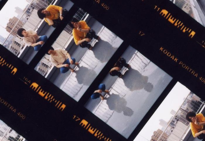 ドミコ、7/20リリースの配信シングル「ベッドルーム・シェイク・サマー」MV公開。ツーマン・ツアーのゲストにTHE LITTLE BLACK、トリプルファイヤーら発表も
