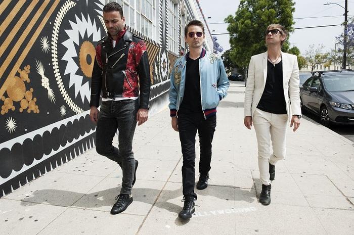 MUSE、Matthew Bellamy(Vo/Key/Gt)による新曲「Something Human」弾き語り映像公開