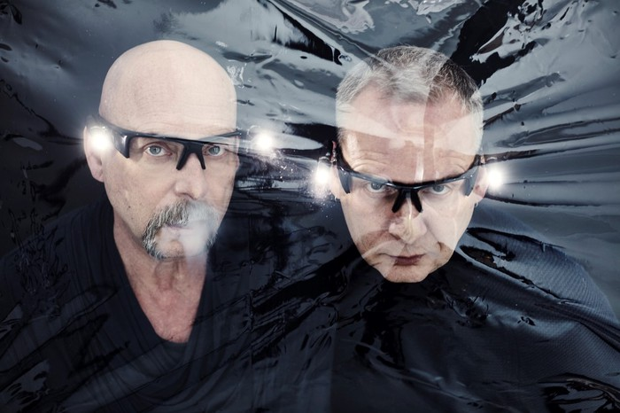 ORBITAL、9/14リリースのニュー・アルバム『Monsters Exist』より「The End Is Nigh」MV公開