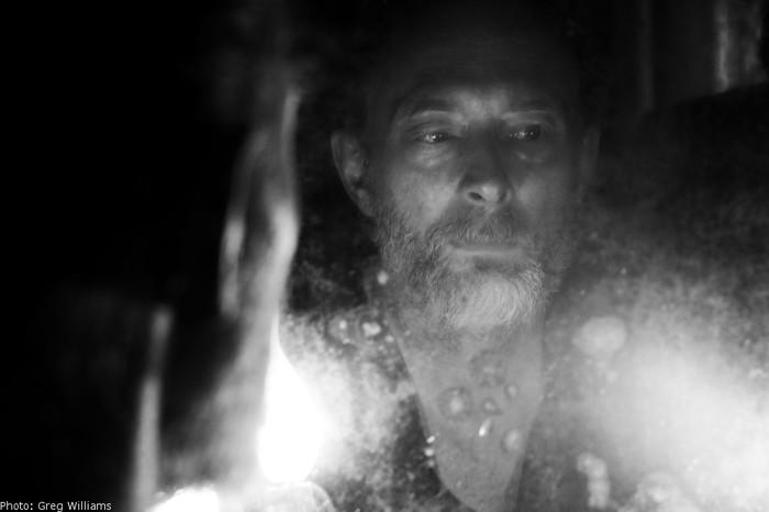 Thom Yorke(RADIOHEAD)、10/26リリースの新作アルバム『Suspiria (Music For The Luca Guadagnino Film)』より新曲「Volk」公開