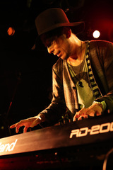 """ピアノ・インスト・シーンの風雲児 ADAM at、2/17名古屋にてSCOOBIE DOゲストに迎え自主企画""""INSTALL THE FUNK Vol.01""""開催決定"""