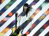竹内アンナ、本日1/23リリースの2nd EP『at TWO』より「Free! Free! Free!」MV公開。レコ発ライヴのサポートに岡本啓佑(黒猫チェルシー)、谷川正憲(UNCHAIN)ら参加も