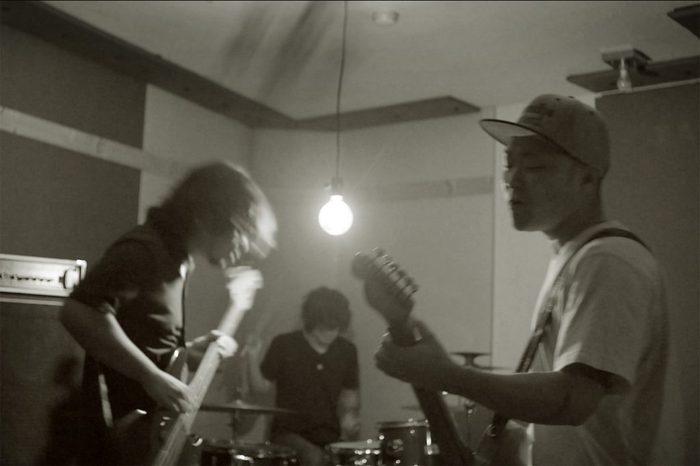 秀吉、明日3/14に初の映画主題歌として書き下ろした「デクノボー」配信リリース