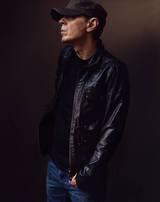歌手/作曲家のScott Walkerが逝去。Thom Yorke(RADIOHEAD)、Johnny Marrらが追悼コメント発表