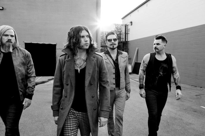 LAの4人組ロック・バンド RIVAL SONS、ニュー・アルバム『Feral Roots』より「Too Bad」MV公開