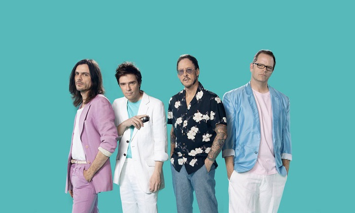 "WEEZER、米TV番組""Jimmy Kimmel Live""にて披露した「High As A Kite」パフォーマンス映像公開。TEARS FOR FEARSとのコラボも"