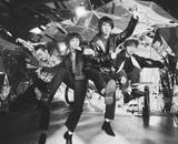"OKAMOTO'S、最新アルバム『BOY』収録曲「Dancing Boy」MV公開。GEN(04 Limited Sazabys)、コムアイ(水曜日のカンパネラ)、吉澤嘉代子ら""平成""を駆け抜けた同世代アーティストも出演"