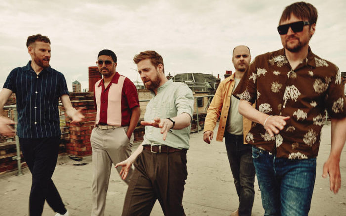 KAISER CHIEFS、7/26リリースのニュー・アルバム『Duck』より新曲「People Know How To Love One Another」音源公開