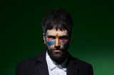 "KASABIANのSerge Pizzorno(Gt/Vo)によるサイド・プロジェクト""THE S.L.P.""、8/30に1stアルバム『The S.L.P.』海外リリース決定。新曲「Nobody Else」配信スタート"