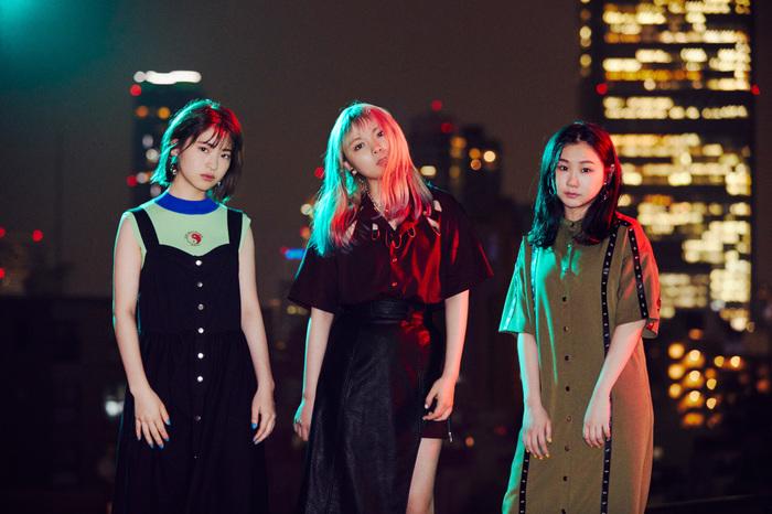 ЯeaL、MOMIKEN(SPYAIR)歌詞プロデュース作品「Unchain My Heart」9/25配信リリース決定。新ヴィジュアルも公開
