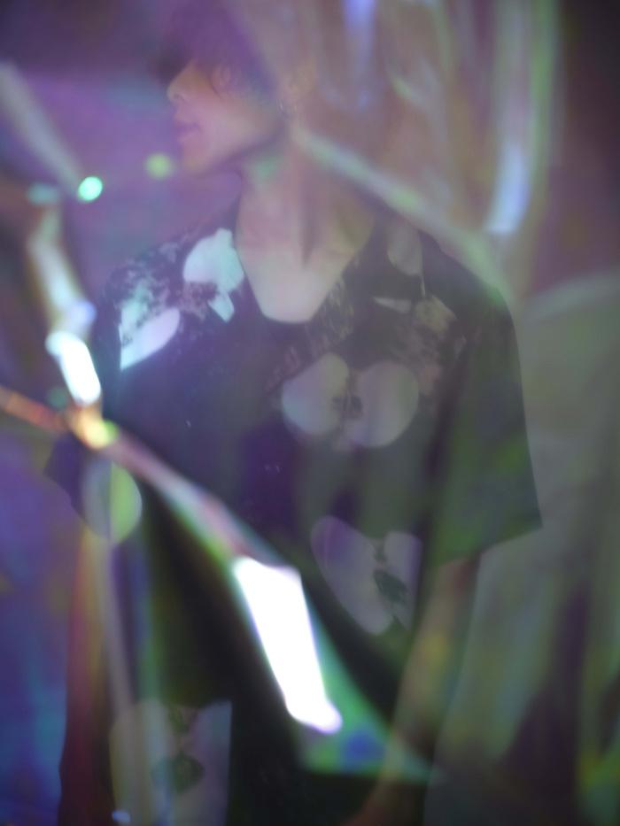 """ボカロP""""バルーン""""こと須田景凪、人気クリエイター""""アボガド6""""制作の「veil」MV公開。本日7/19より渋谷街頭ヴィジョンにてOA"""
